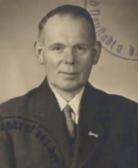 Josef Kirchner (Hoteldiener) ist nachweislich das bisher älteste SPD-Mitglied in Bischofsheim. Nach dem Zweiten Weltkrieg war er Stadtrat und 2. Bürgermeister.
