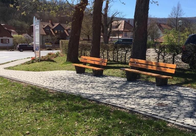 SPD Bänken in Bischofsheim